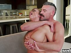 Hot blooded gay blade fucks sluttishly looking chick with juicy ass Britney Amber