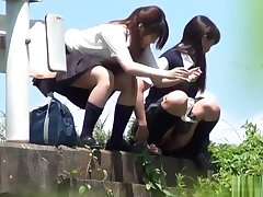 japanese schoolgirls - outdoor the bathroom voyeur 2