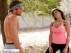 Fitness chick Becky Bandini gives a blowjob increased by gets laid alfresco damper jogging