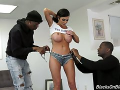 Yoke esurient black dudes fuck fake tittied blond whore Melissa Lynn