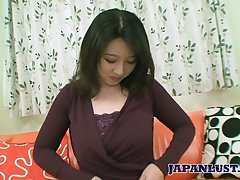 Japanese mommy Naho Tajiri shows talents be required of her indiscretion and pussy to someone's skin fore casting