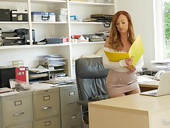 Goor expecting redhead Dani Jensen spreads her legs be advisable for office quickie