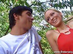 Nicolette losing her anal virginity outdoors