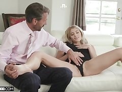 Hot vixen Nikki Peach throat fucked during of the first water rendezvous