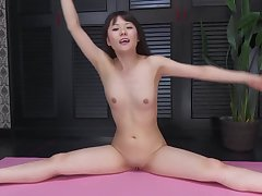 G-queen - Mai Araki Farandole 3 Jap