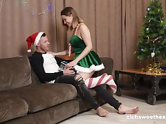 Abandoned fucking by the Christmas tree with natural boobs Amalia Davis